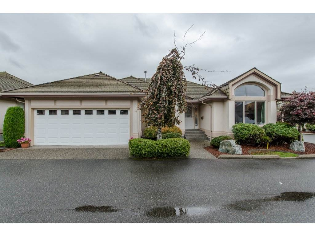 "Main Photo: 4 30703 BLUERIDGE Drive in Abbotsford: Abbotsford West Townhouse for sale in ""WESTSYDE ESTATES"" : MLS® # R2107603"