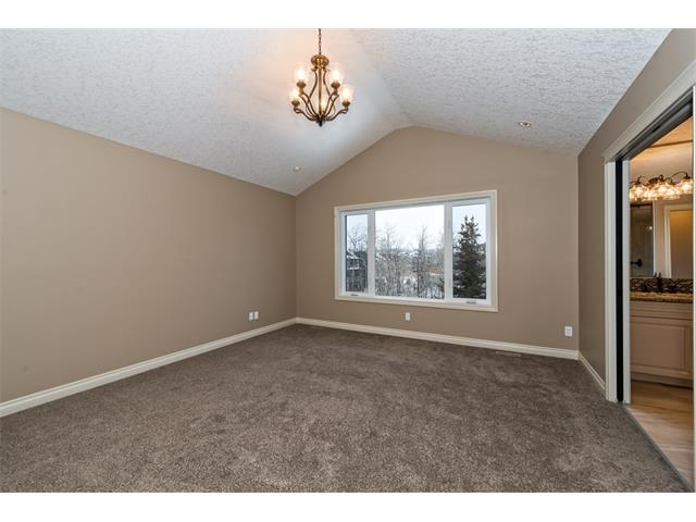 Photo 24: 22 ROCK LAKE View NW in Calgary: Rocky Ridge House for sale : MLS® # C4090662