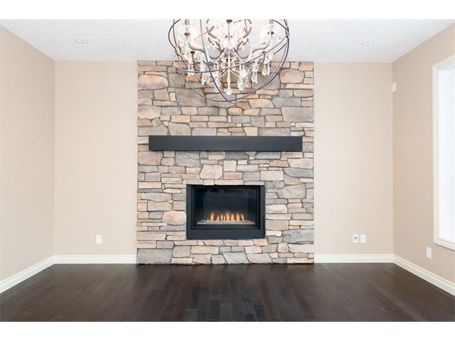 Photo 12: 22 ROCK LAKE View NW in Calgary: Rocky Ridge House for sale : MLS® # C4090662