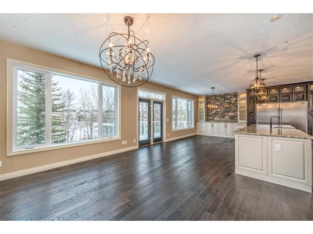 Photo 13: 22 ROCK LAKE View NW in Calgary: Rocky Ridge House for sale : MLS® # C4090662