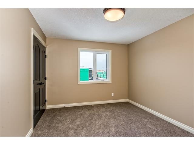 Photo 22: 22 ROCK LAKE View NW in Calgary: Rocky Ridge House for sale : MLS® # C4090662