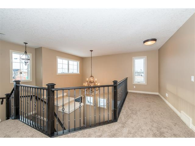 Photo 19: 22 ROCK LAKE View NW in Calgary: Rocky Ridge House for sale : MLS® # C4090662