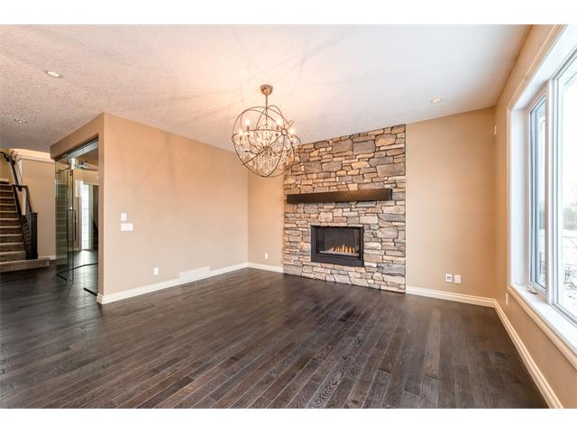 Photo 11: 22 ROCK LAKE View NW in Calgary: Rocky Ridge House for sale : MLS® # C4090662