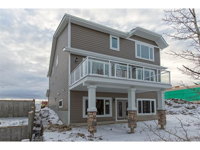 Photo 32: 22 ROCK LAKE View NW in Calgary: Rocky Ridge House for sale : MLS® # C4090662