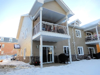Main Photo: 5 10103 101 Avenue: Morinville Townhouse for sale : MLS(r) # E4048855