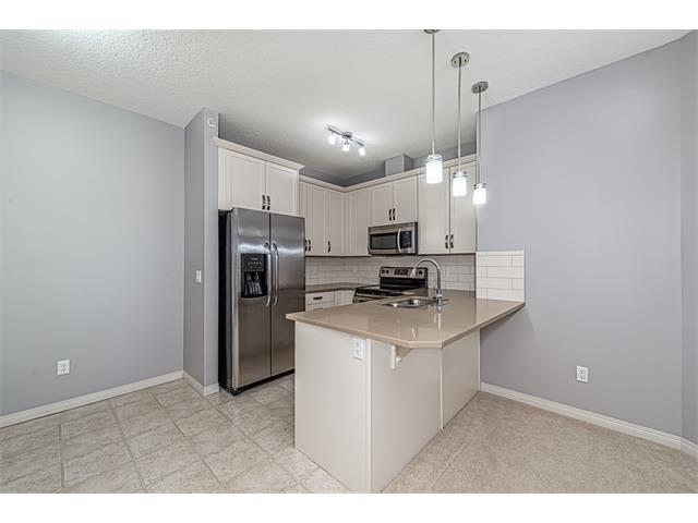 Photo 4: 3407 115 PRESTWICK Villa(s) SE in Calgary: McKenzie Towne Condo for sale : MLS(r) # C4096888