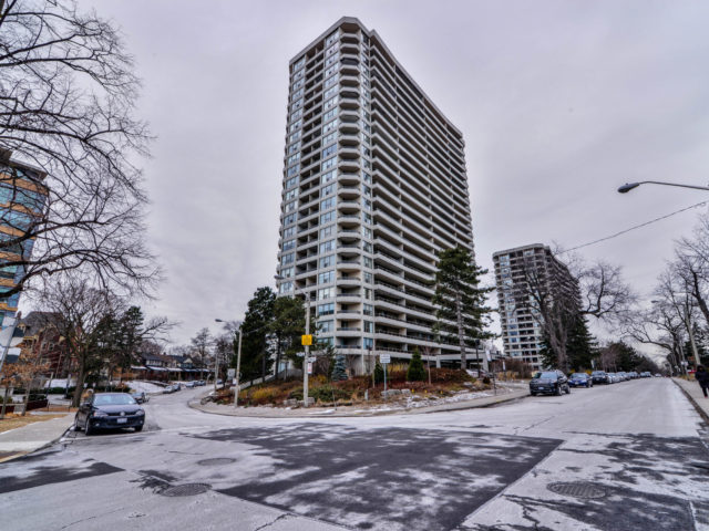 Main Photo: 202 50 Quebec Avenue in Toronto: High Park North Condo for sale (Toronto W02)  : MLS(r) # W3703666