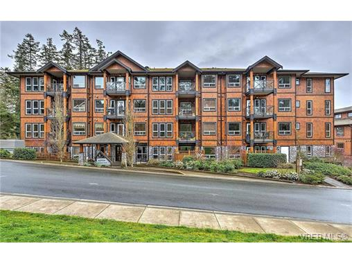 Main Photo: 404 201 Nursery Hill Drive in VICTORIA: VR Six Mile Condo Apartment for sale (View Royal)  : MLS® # 374839