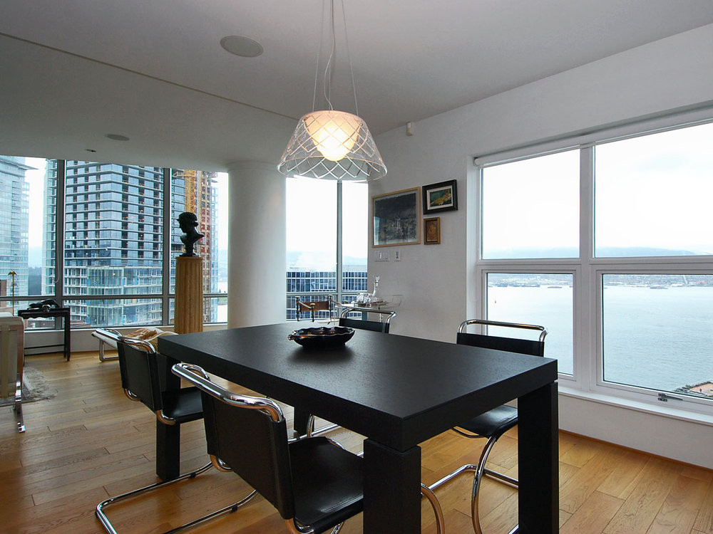 Main Photo: 2801 837 West HASTINGS Street in TERMINAL CITY CLUB: Home for sale : MLS® # V810309