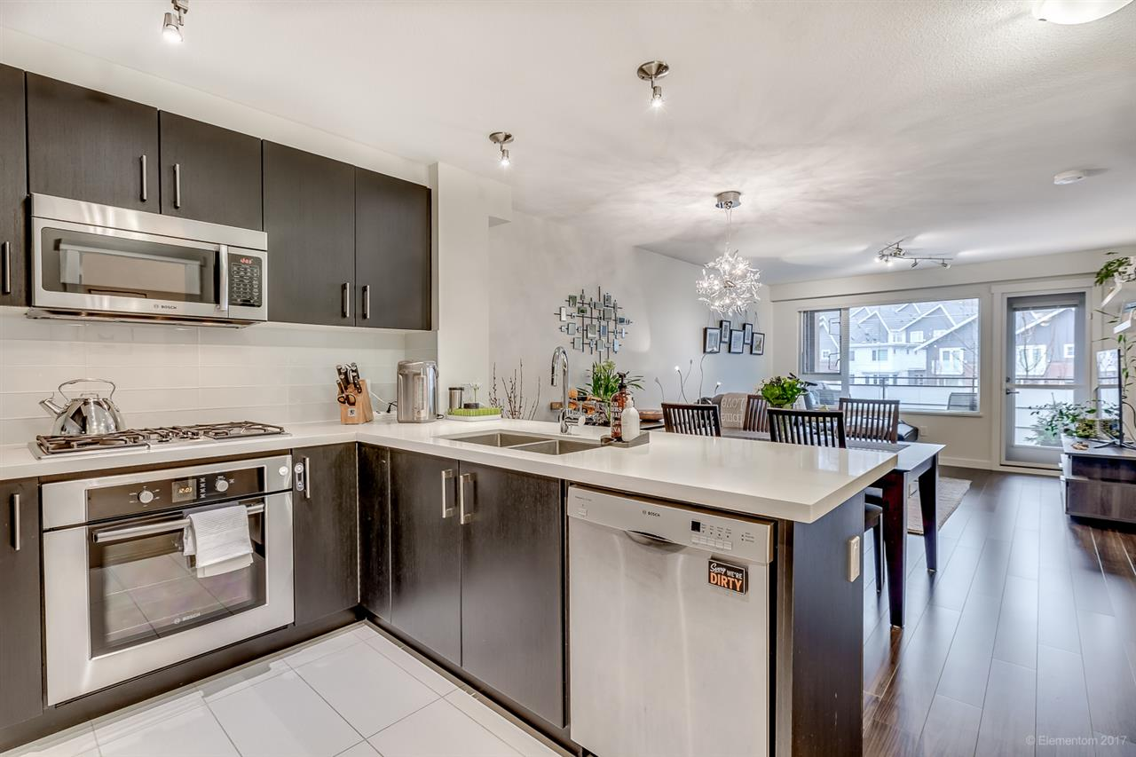 "Main Photo: 303 3163 RIVERWALK Avenue in Vancouver: Champlain Heights Condo for sale in ""NEW WATER"" (Vancouver East)  : MLS(r) # R2168840"