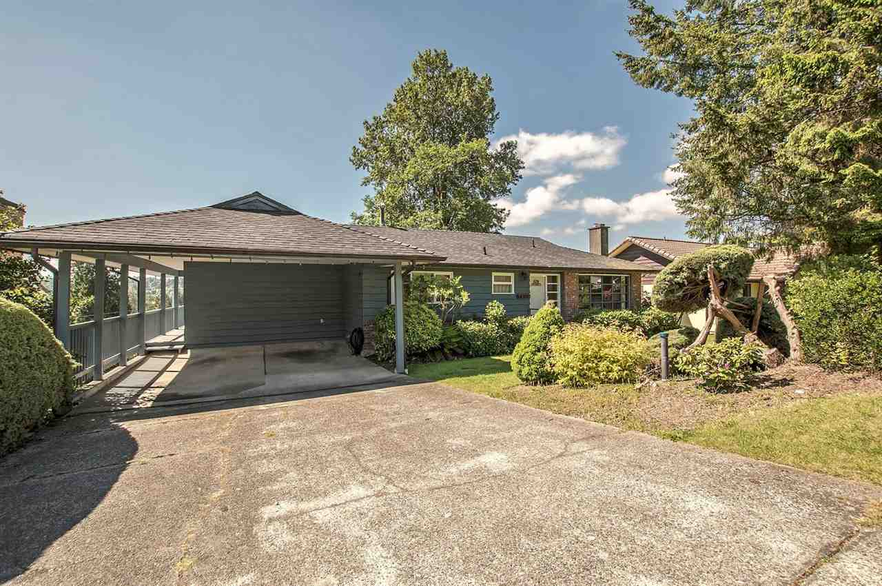 Photo 2: 5408 MONARCH STREET in Burnaby: Deer Lake Place House for sale (Burnaby South)  : MLS® # R2171012