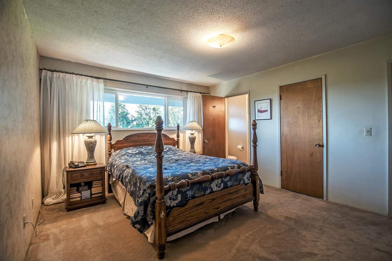 Photo 14: 5408 MONARCH STREET in Burnaby: Deer Lake Place House for sale (Burnaby South)  : MLS® # R2171012