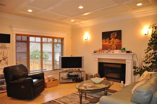 Photo 3: 121 W 23RD Avenue in Vancouver: Cambie House for sale (Vancouver West)  : MLS(r) # R2175413