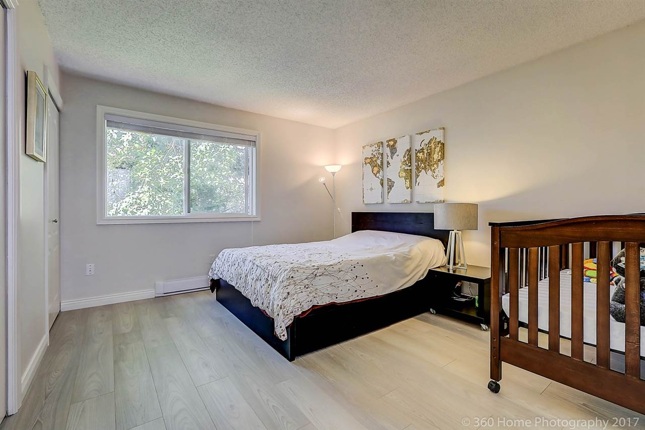 "Photo 11: 8143 LAVAL Place in Vancouver: Champlain Heights Townhouse for sale in ""Cartier Place"" (Vancouver East)  : MLS(r) # R2188408"