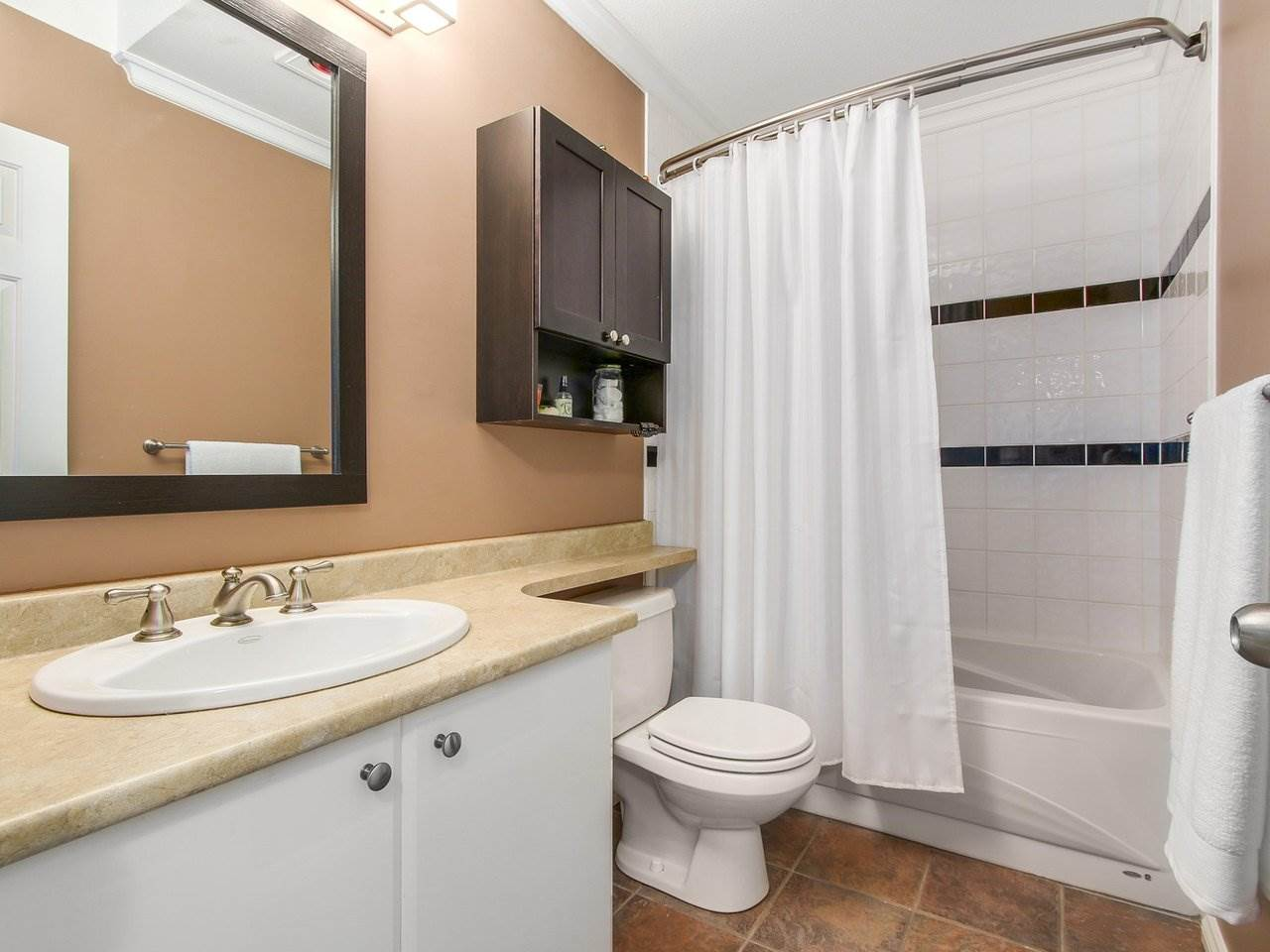 Photo 10: 304 8120 BENNETT Road in Richmond: Brighouse South Condo for sale : MLS® # R2191205