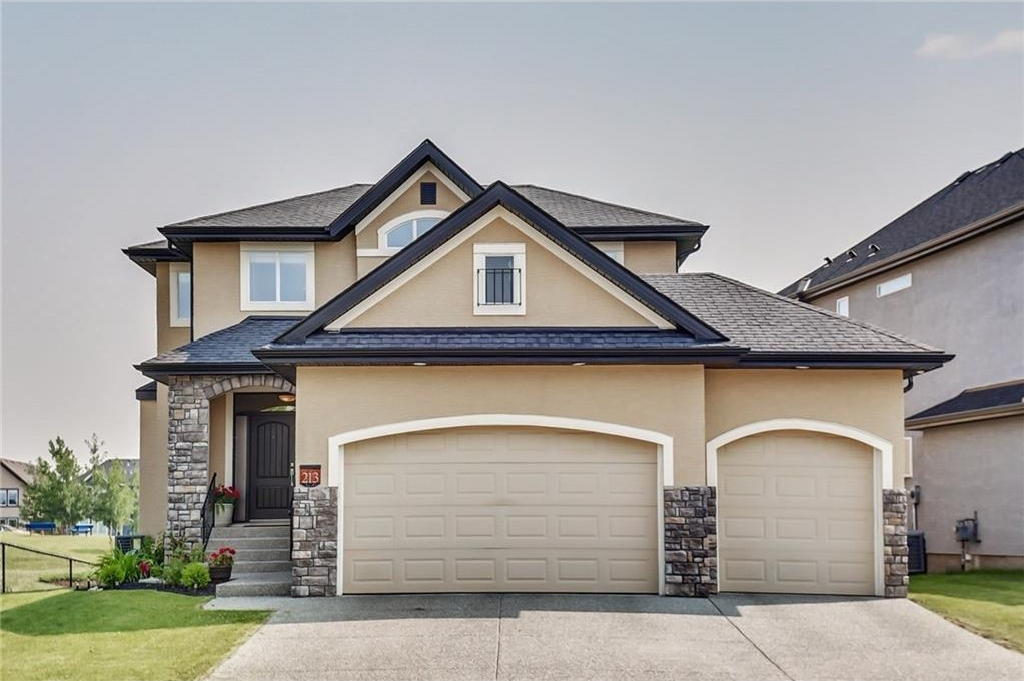 A stunning walkout 2 storey that backs and sides onto green space, parks and pathway systems.