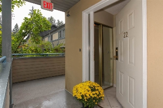 "Main Photo: 22 2978 WALTON Avenue in Coquitlam: Canyon Springs Townhouse for sale in ""CREEK TERRACE"" : MLS® # R2208149"