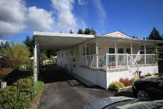 Main Photo: 107 1413 SUNSHINE COAST Highway in Gibsons: Gibsons & Area Manufactured Home for sale (Sunshine Coast)  : MLS® # R2208431