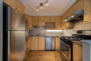 "Main Photo: 19 7088 LYNNWOOD Drive in Richmond: Granville Townhouse for sale in ""Laurelwood Townhomes"" : MLS® # R2214842"
