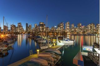 Main Photo: 615 518 MOBERLY ROAD in Vancouver: False Creek Condo for sale (Vancouver West)  : MLS®# R2213184