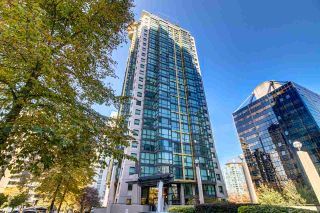 "Main Photo: 1606 1367 ALBERNI Street in Vancouver: West End VW Condo for sale in ""The Lions"" (Vancouver West)  : MLS® # R2223800"