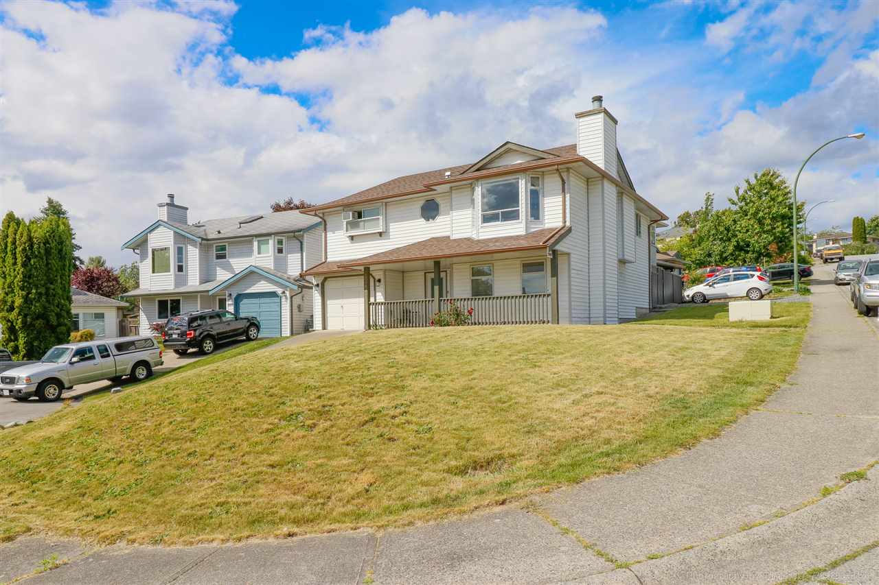 Main Photo: 22897 GILLIS Place in Maple Ridge: East Central House for sale : MLS®# R2278363
