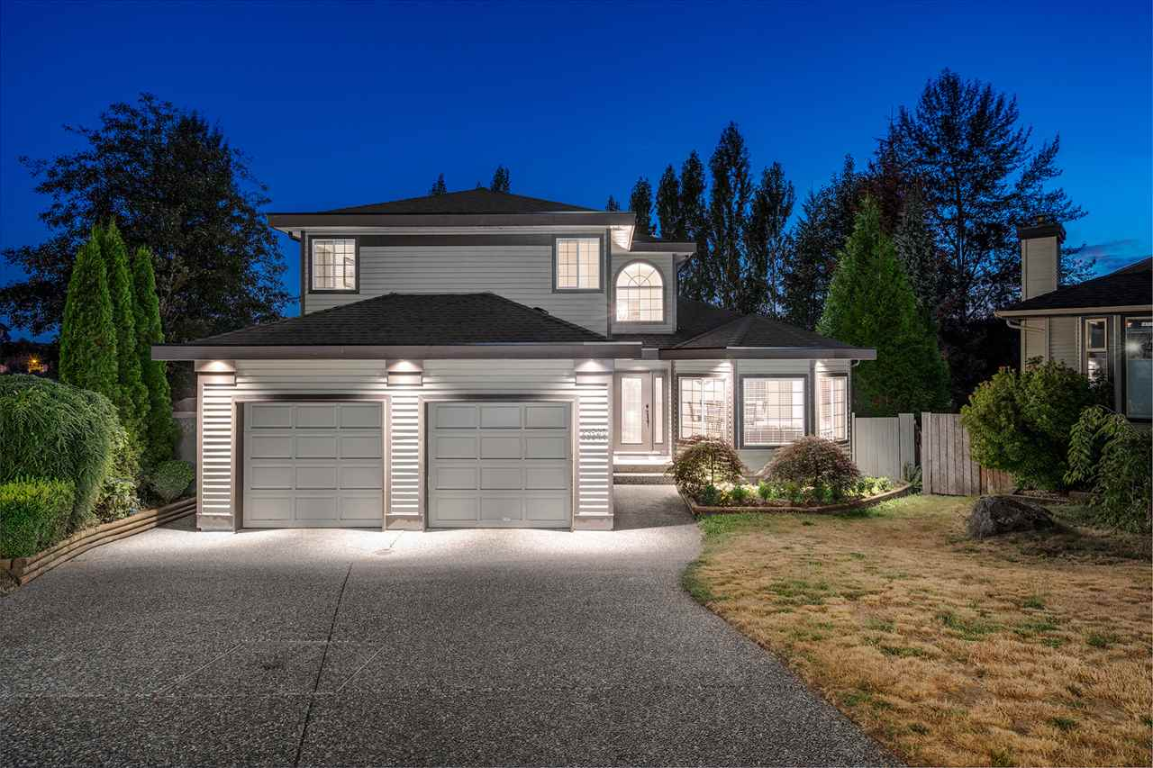 Kanaka Ridge - completely remodelled 2 story plus basement on a 1/4 acre cul de sac lot, backing ALR!