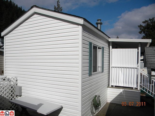"Photo 9: Photos: 32 14600 MORRIS VALLEY Road in Agassiz: Hemlock Manufactured Home for sale in ""Tapadera Estates"" (Mission)  : MLS®# F1106180"