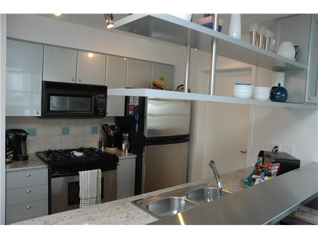 "Photo 3: 707 1438 RICHARDS Street in Vancouver: VVWYA Condo for sale in ""AZURA"" (Vancouver West)  : MLS(r) # V893659"