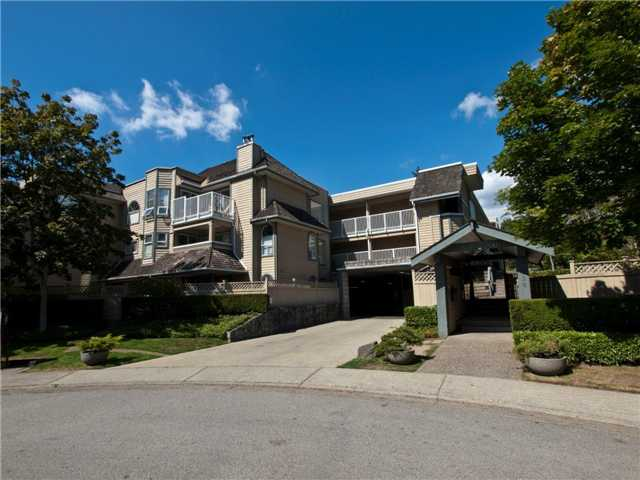 "Main Photo: 308 1000 BOWRON Court in North Vancouver: Roche Point Condo for sale in ""BOWRON COURT"" : MLS®# V896623"