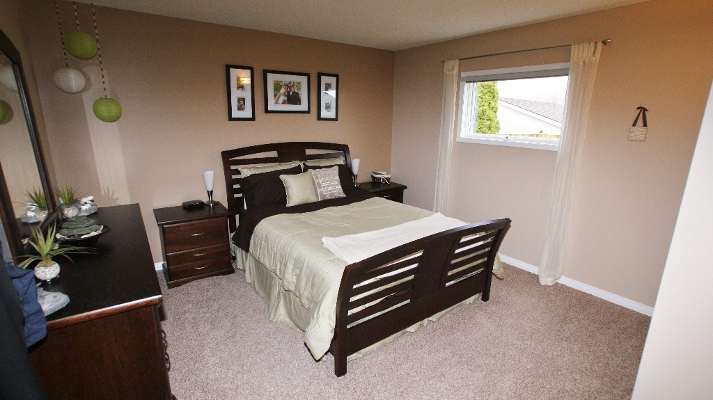 Photo 9: 1234 Devonshire Drive W in Winnipeg: Transcona Residential for sale (North East Winnipeg)  : MLS(r) # 1209108