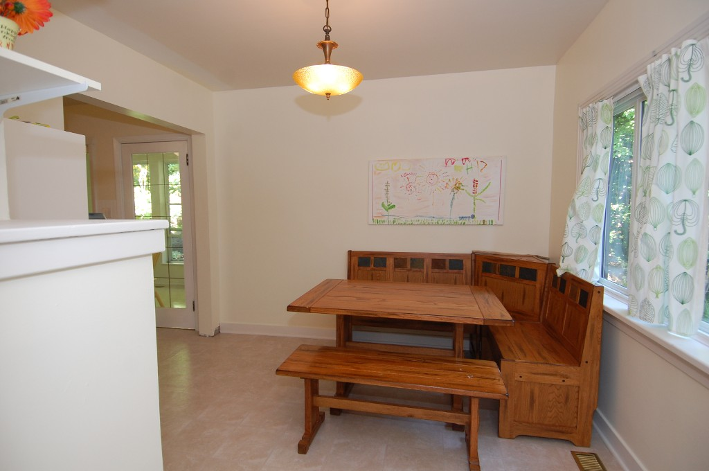Photo 4: Photos: 85 NORTH SHORE ROAD in LAKE COWICHAN: House for sale : MLS®# 340993