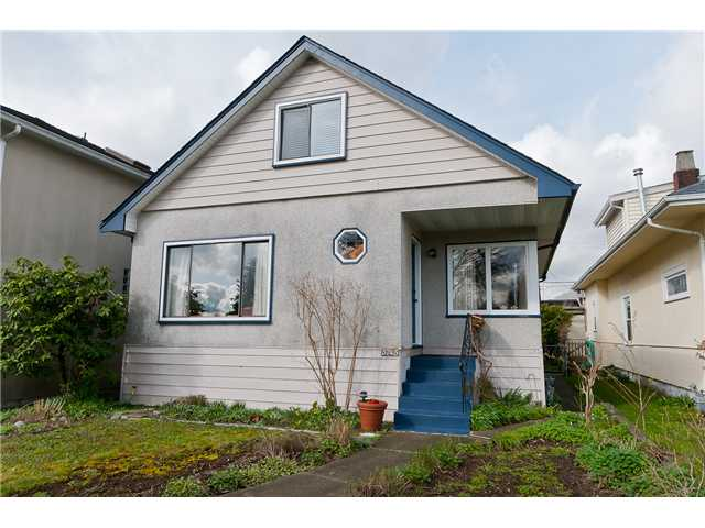 Main Photo: 5745 Prince Edward Street in Vancouver: Main House for sale (Vancouver East)  : MLS(r) # V940123