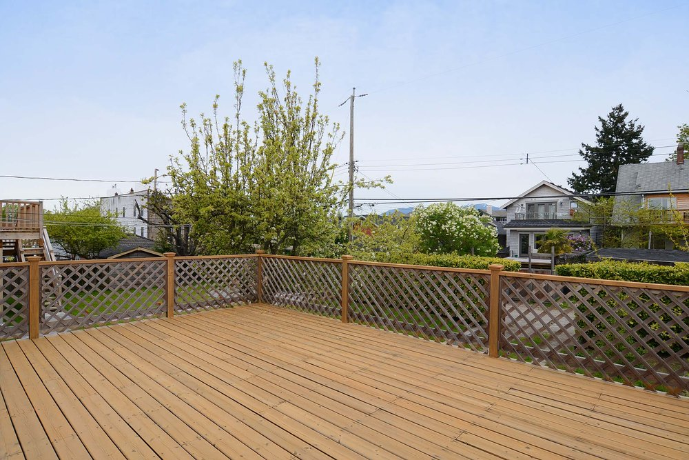 Photo 10: 243 East 20th Avenue in Vancouver East: Home for sale : MLS(r) # V1005618