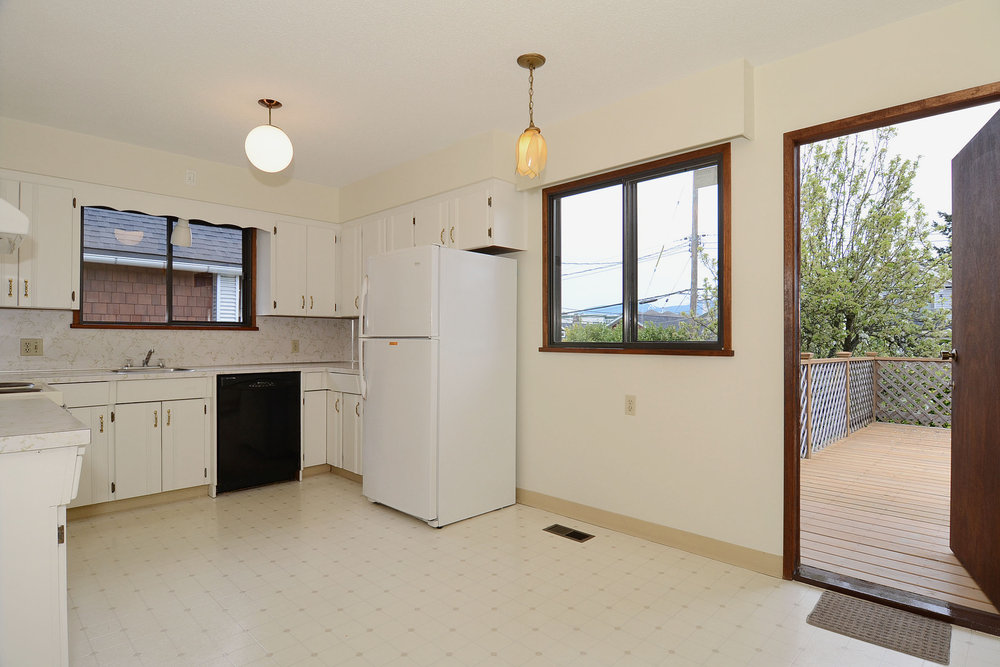 Photo 5: 243 East 20th Avenue in Vancouver East: Home for sale : MLS(r) # V1005618
