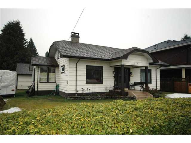 Main Photo: 910 TENTH Street in New Westminster: Moody Park House for sale : MLS® # V1050316