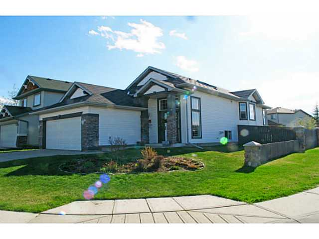 Main Photo: 3 SOMERGLEN Way SW in CALGARY: Somerset Residential Detached Single Family for sale (Calgary)  : MLS® # C3617062