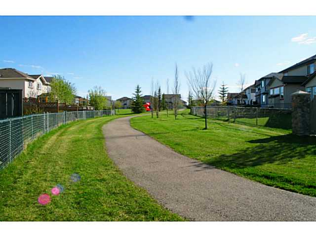 Photo 17: 3 SOMERGLEN Way SW in CALGARY: Somerset Residential Detached Single Family for sale (Calgary)  : MLS® # C3617062