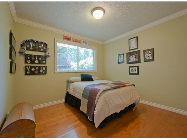 Photo 14: 13885 18TH Avenue in Surrey: Sunnyside Park Surrey House for sale (South Surrey White Rock)  : MLS(r) # F1431118