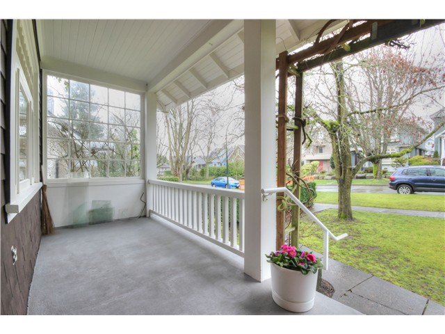 Photo 2: 3843 W 15TH Avenue in Vancouver: Point Grey House for sale (Vancouver West)  : MLS(r) # V1105300