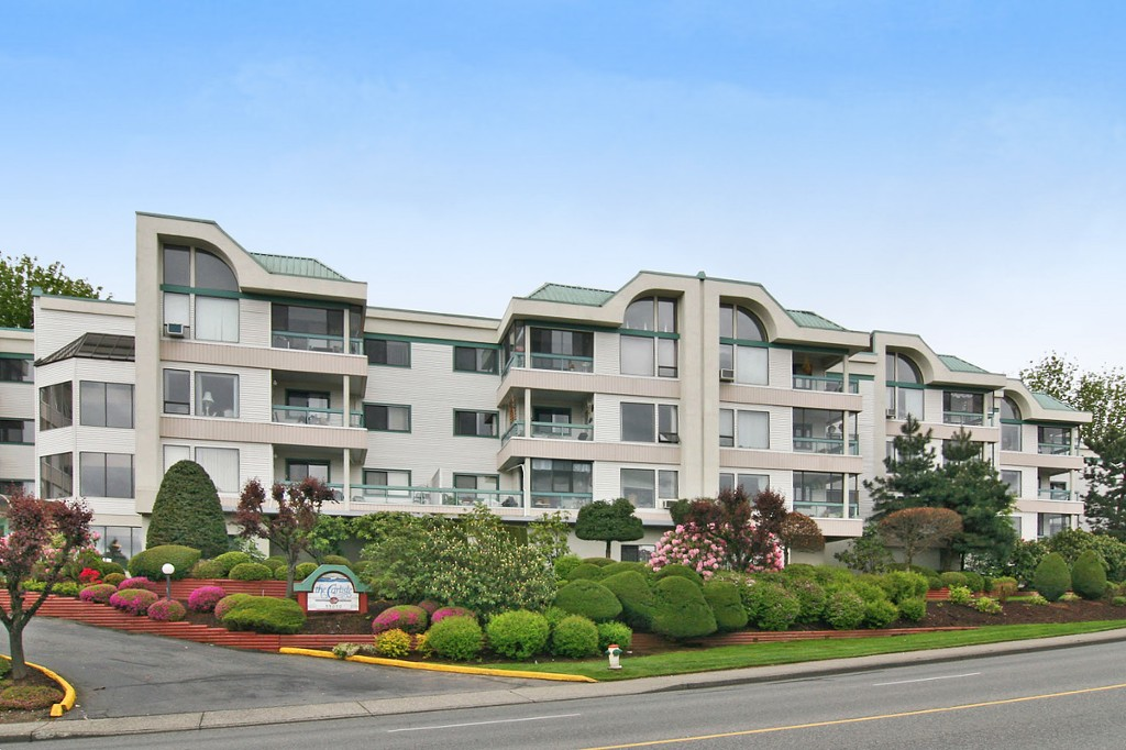 "Main Photo: 101 33030 GEORGE FERGUSON Way in Abbotsford: Central Abbotsford Condo for sale in ""Carlise"" : MLS®# F1446817"