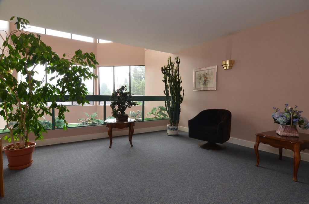 "Photo 14: 101 33030 GEORGE FERGUSON Way in Abbotsford: Central Abbotsford Condo for sale in ""Carlise"" : MLS® # F1446817"