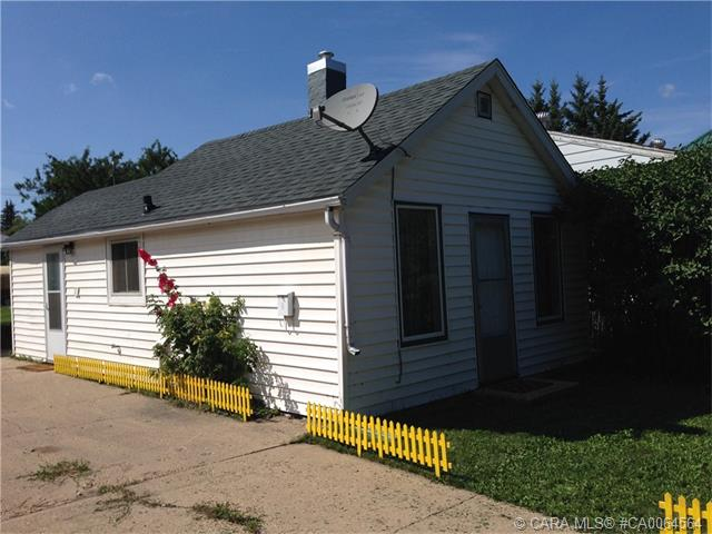 Main Photo: 5308 54 Street in Camrose: CA NBHD 10 Residential for sale (Camrose City)  : MLS® # CA0064564