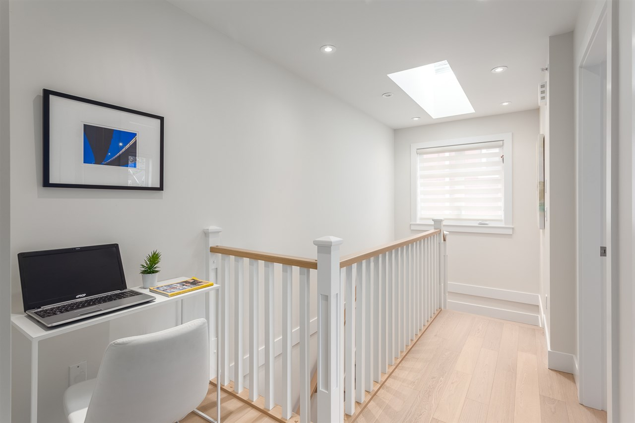 "Photo 10: 163 W 14TH Avenue in Vancouver: Mount Pleasant VW Townhouse for sale in ""COLUMBIA MEWS"" (Vancouver West)  : MLS® # R2012678"