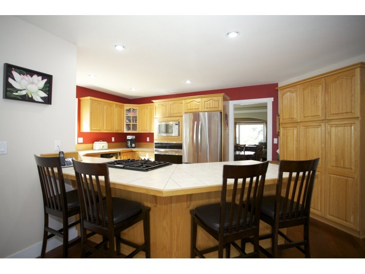 "Photo 9: 31452 JEAN Court in Abbotsford: Abbotsford West House for sale in ""Bedford Landing"" : MLS(r) # R2012807"