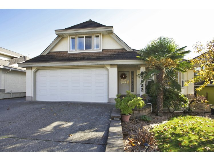 "Main Photo: 31452 JEAN Court in Abbotsford: Abbotsford West House for sale in ""Bedford Landing"" : MLS(r) # R2012807"