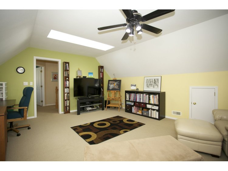 "Photo 23: 31452 JEAN Court in Abbotsford: Abbotsford West House for sale in ""Bedford Landing"" : MLS(r) # R2012807"