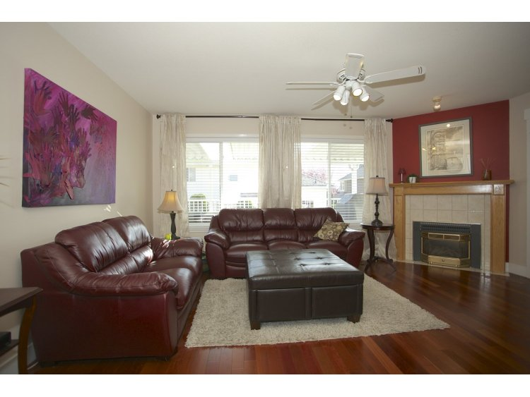 "Photo 7: 31452 JEAN Court in Abbotsford: Abbotsford West House for sale in ""Bedford Landing"" : MLS(r) # R2012807"