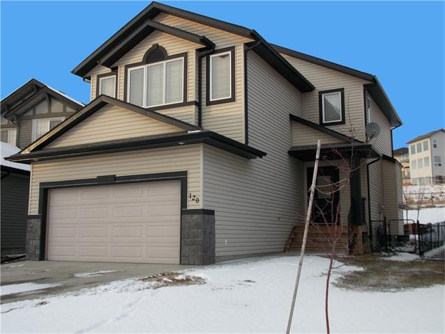 FEATURED LISTING: 120 SUNSET Close Cochrane