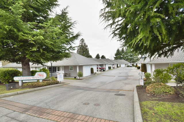 "Photo 16: 8 7127 124 Street in Surrey: West Newton Townhouse for sale in ""CAMELLIA WYNDE"" : MLS® # R2023947"